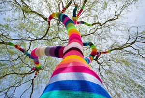 Yarn Bombing. El ganchillo invade las calles