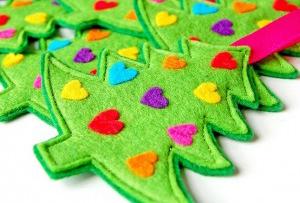 Adornos de fieltro para el árbol de Navidad