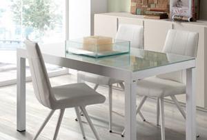 Limpiar mesas de vidrio. Trucos caseros brillantes