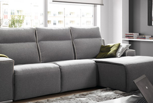 Ventajas de los sofás con chaise longue. Ponte cómodo