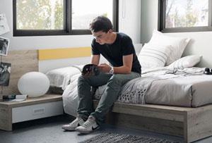 Dormitorios juveniles con tatami. Un espacio más adulto y despejado
